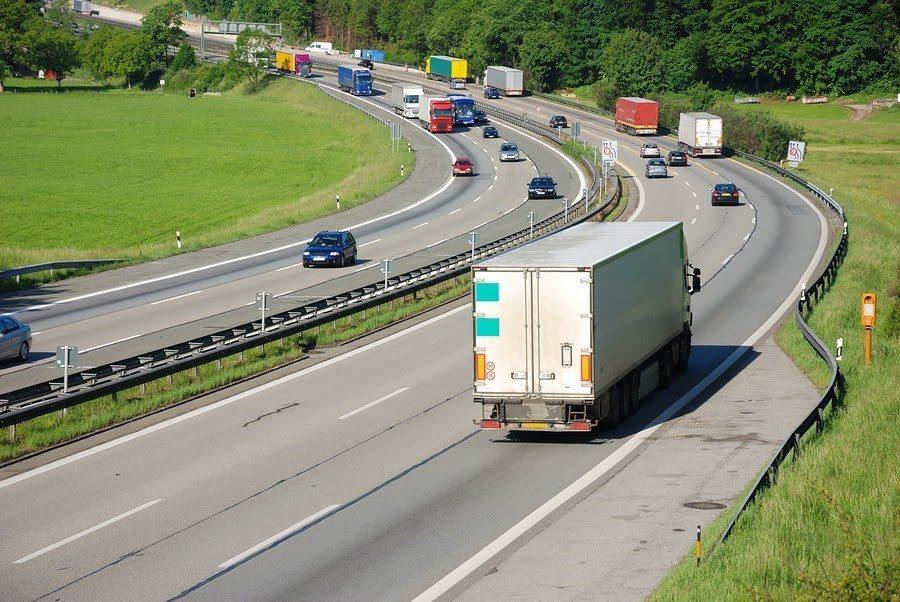 truck1 - Interstate 35E Truck Accident Attorney